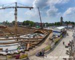 Tiel, 26 mei. WLP Bouw cultuurcentrum Westluidense Poort met parkeergarage.