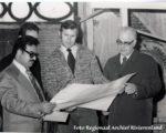 Consul Abdelhadi, Bart Spaan architect van de verbouwing en pater Coopmans, voorzitter van de Stichting Moskee Tiel